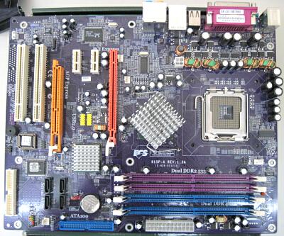 自作パソコンの写真 マザーボード